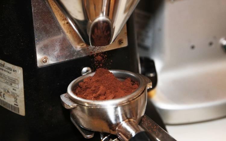 Какой помол кофе лучше для кофемашины: какую степень выбрать