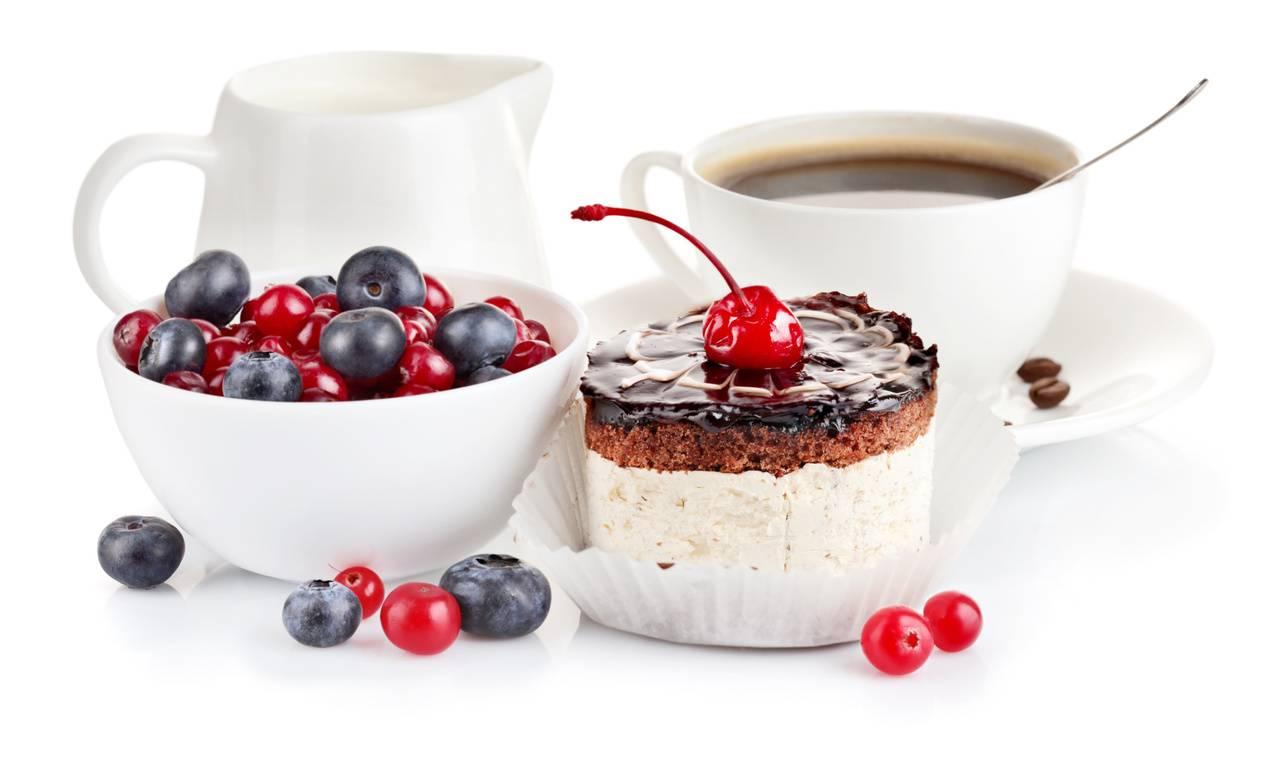 Аромат свежих фруктов и ягод в духах: лучший фруктовый и ягодный женский парфюм, фруктово-цветочная туалетная вода для женщин – названия, фото