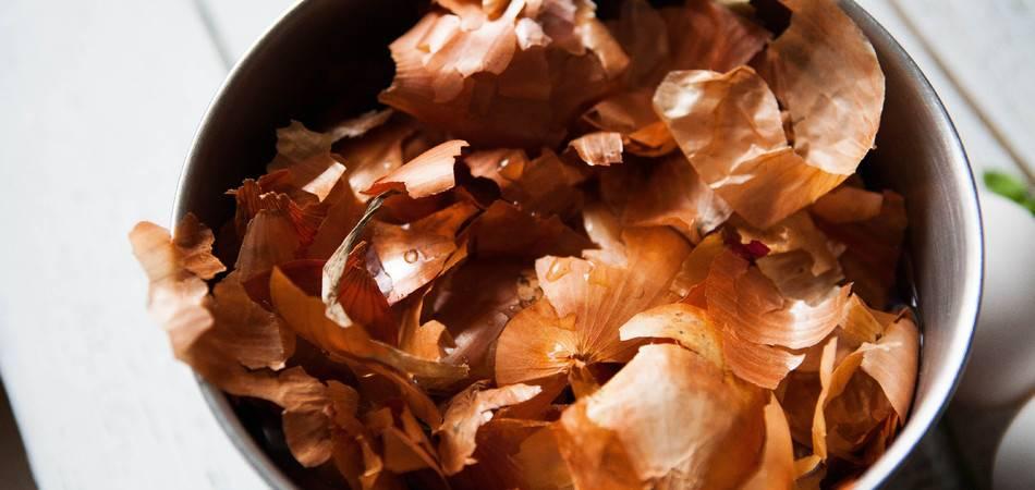 Чем полезен чай из луковой шелухи, есть ли от него вред и как приготовить напиток?