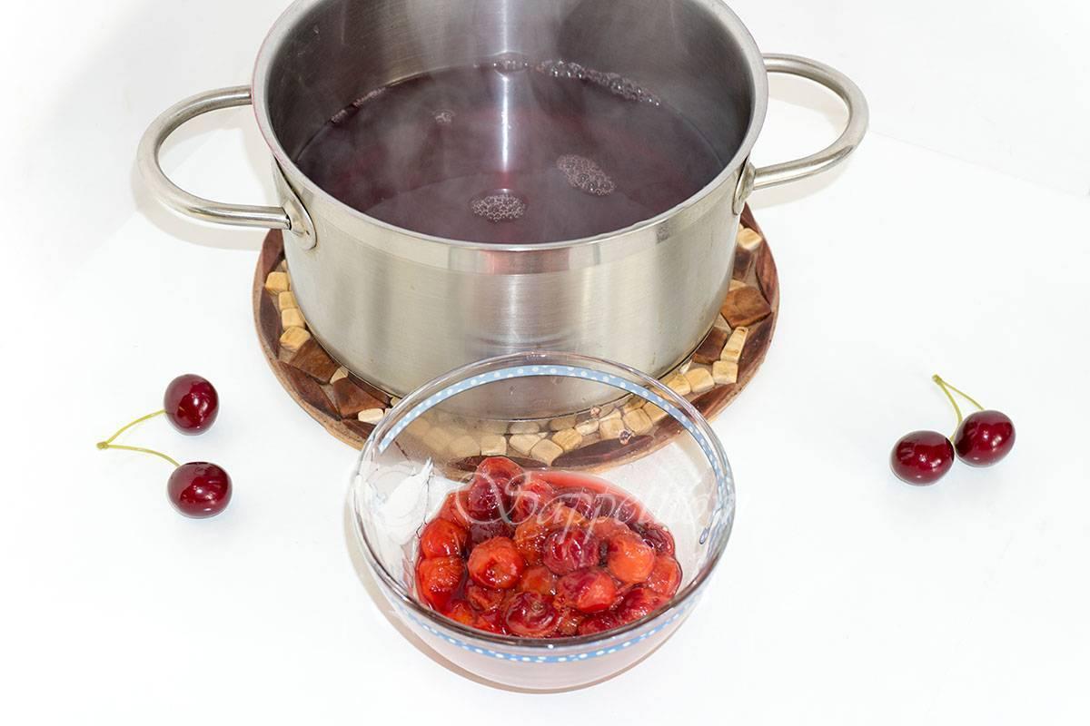 Кисель из замороженных ягод вишни рецепт с фото - 1000.menu