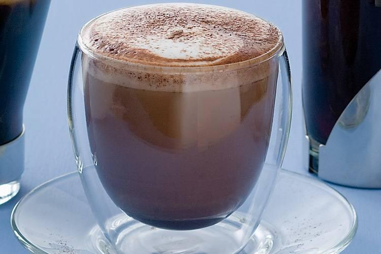 5 рецептов холодного вкусного кофе для жарких дней