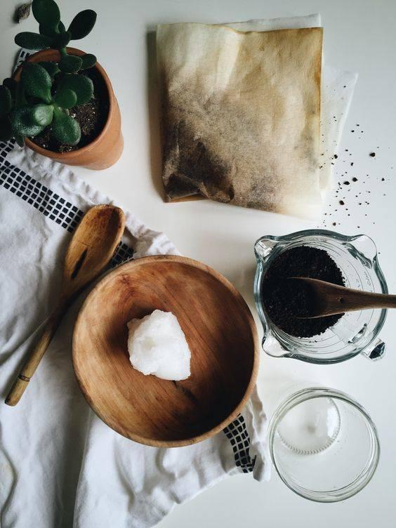 Скраб из кофейной гущи для лица в домашних условиях