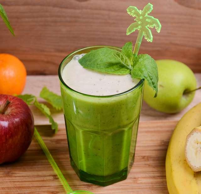 Как приготовить смузи из яблок: 5 лучших рецептов