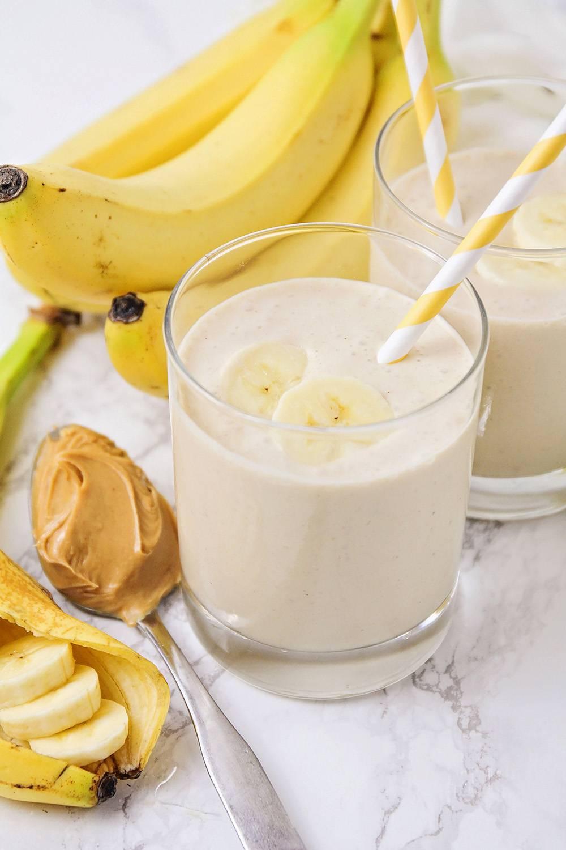 Банановый смузи - полезные свойства и как готовить правильно