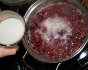 Домашний кисель из замороженных ягод