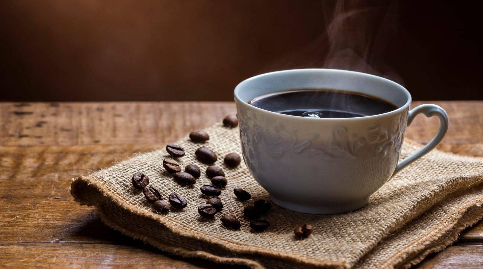 Кофеин перед тренировкой - польза, вред, в каких количествах пить, чем заменить