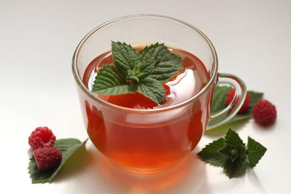 Малиновое варенье при температуре: можно или нет при простуде, чем полезен и как пить чай с проваренной ягодой при орви ребенку и беременным