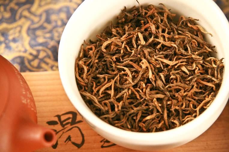 Красный чай. в чем польза и какой возможен вред?