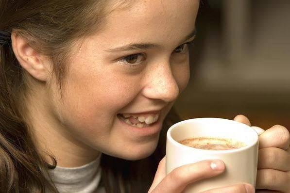 Можно ли детям пить кофе и с какого возраста (скольких лет)