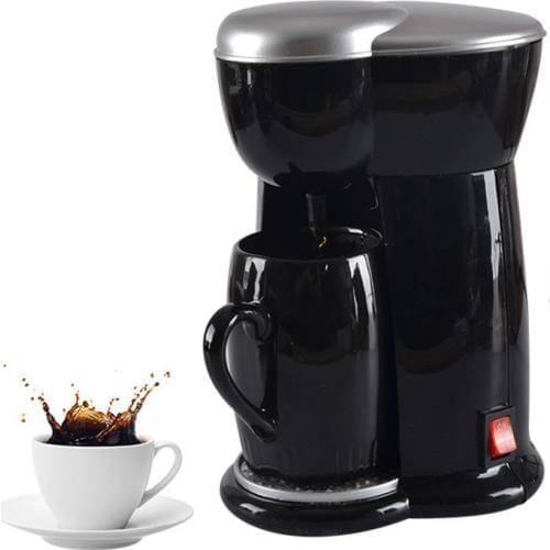 Мини-кофеварка готовит напиток в любом месте