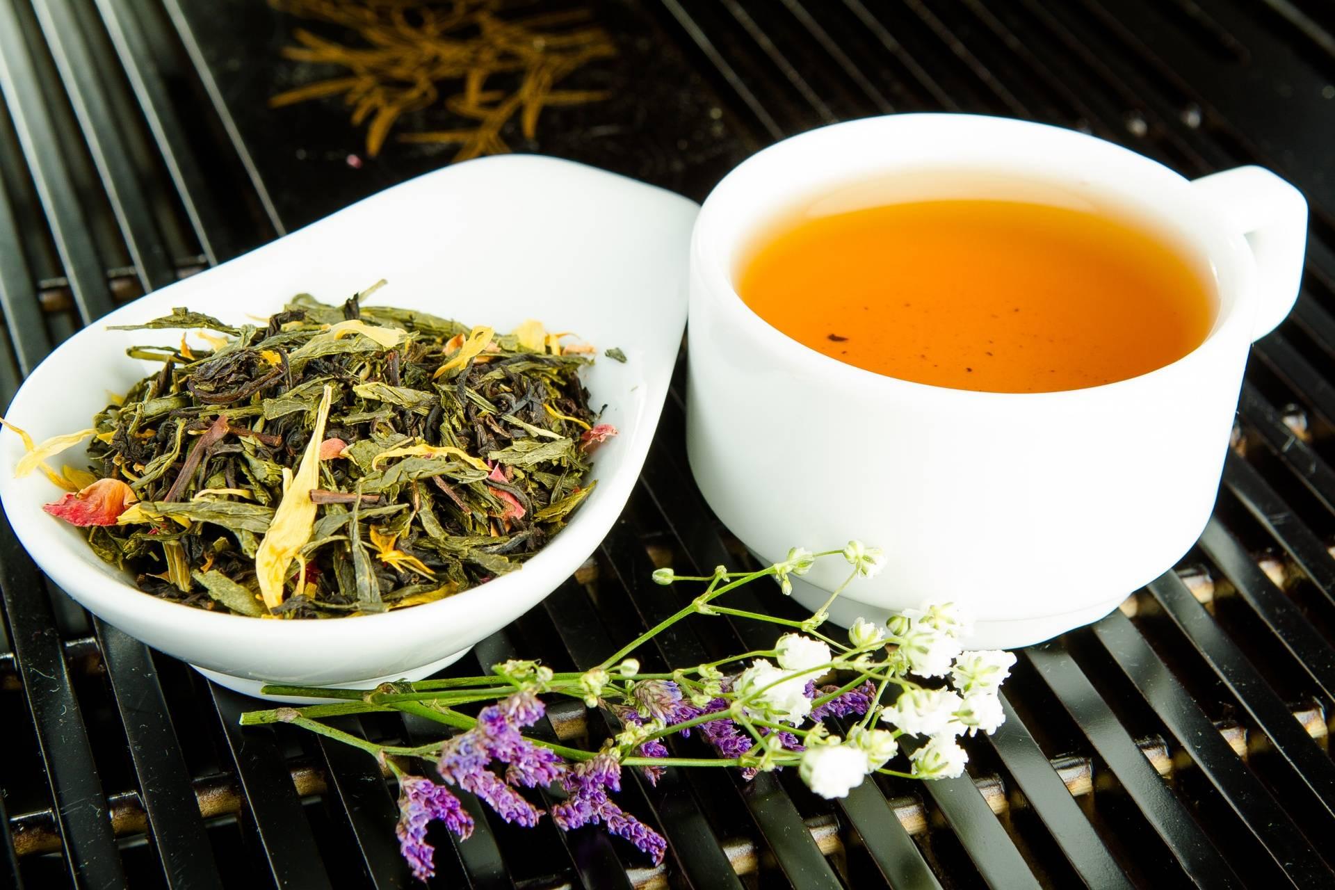 От чая до самогона, от плова до десерта: куда добавлять гвоздику и в каких количествах?