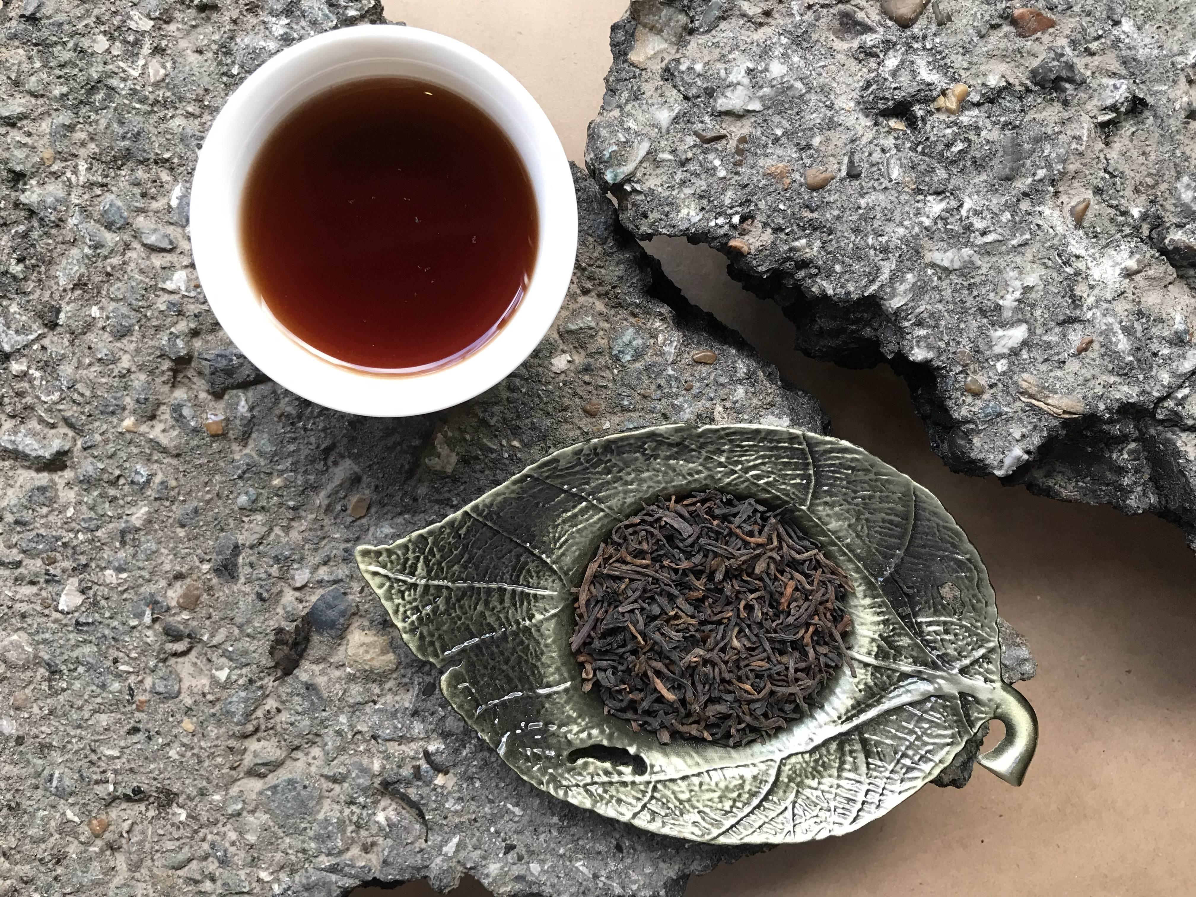 Описание гун тин пуэра – императорского чая с большой буквы
