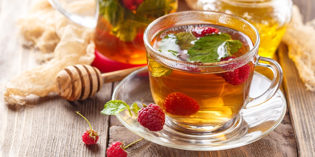 Какую пить воду горячую или холодную, температура заварки чая и кофе