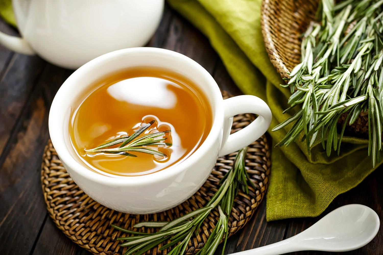 Чай с розмарином — 11 полезных свойств и противопоказания