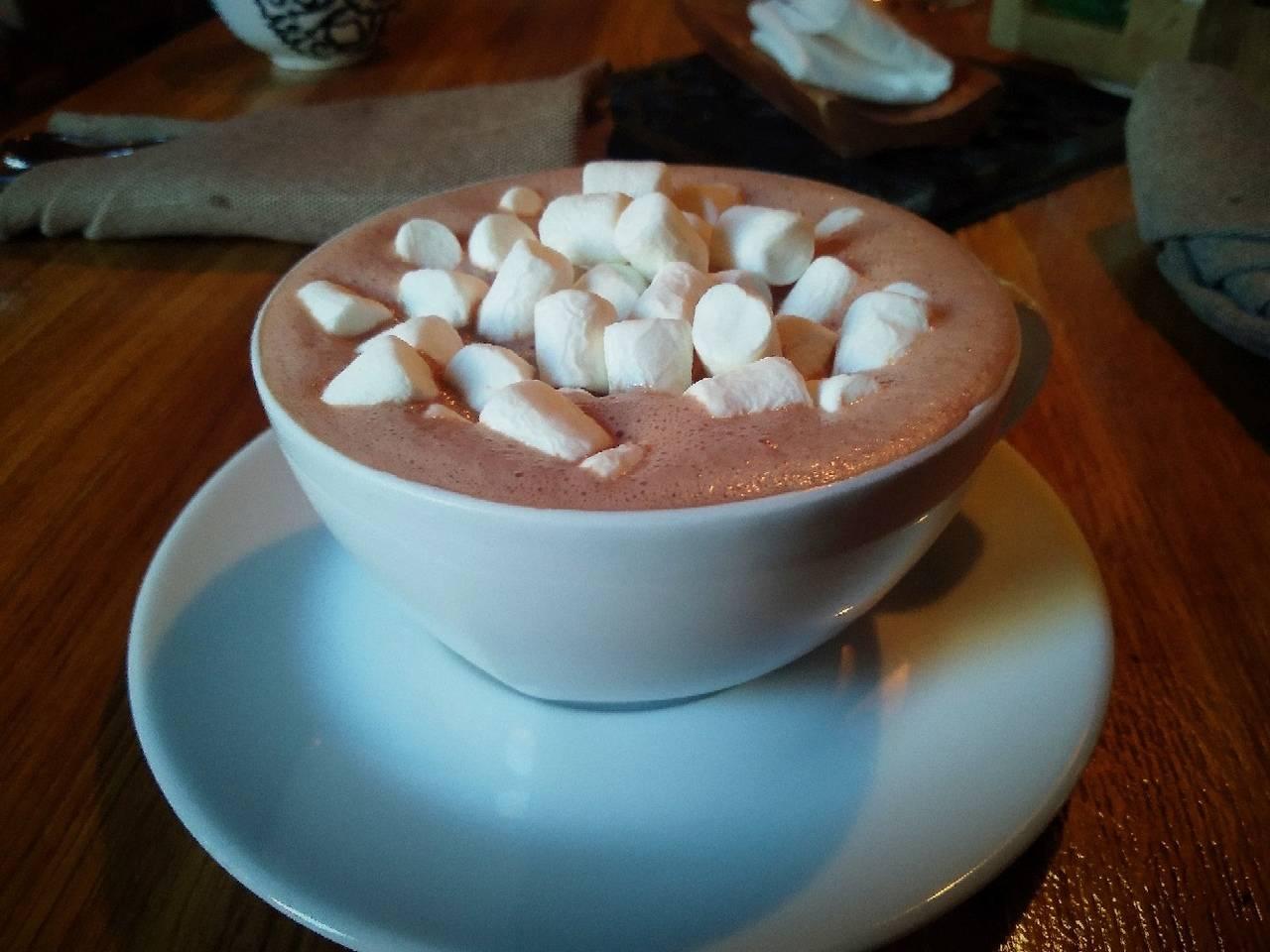 Рецепты какао с маршмеллоу – напитка, который дарит праздничное настроение