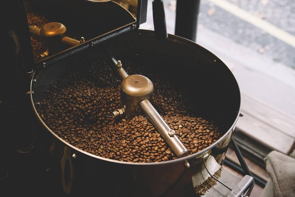 Как обжарить кофейные зерна в домашних условиях