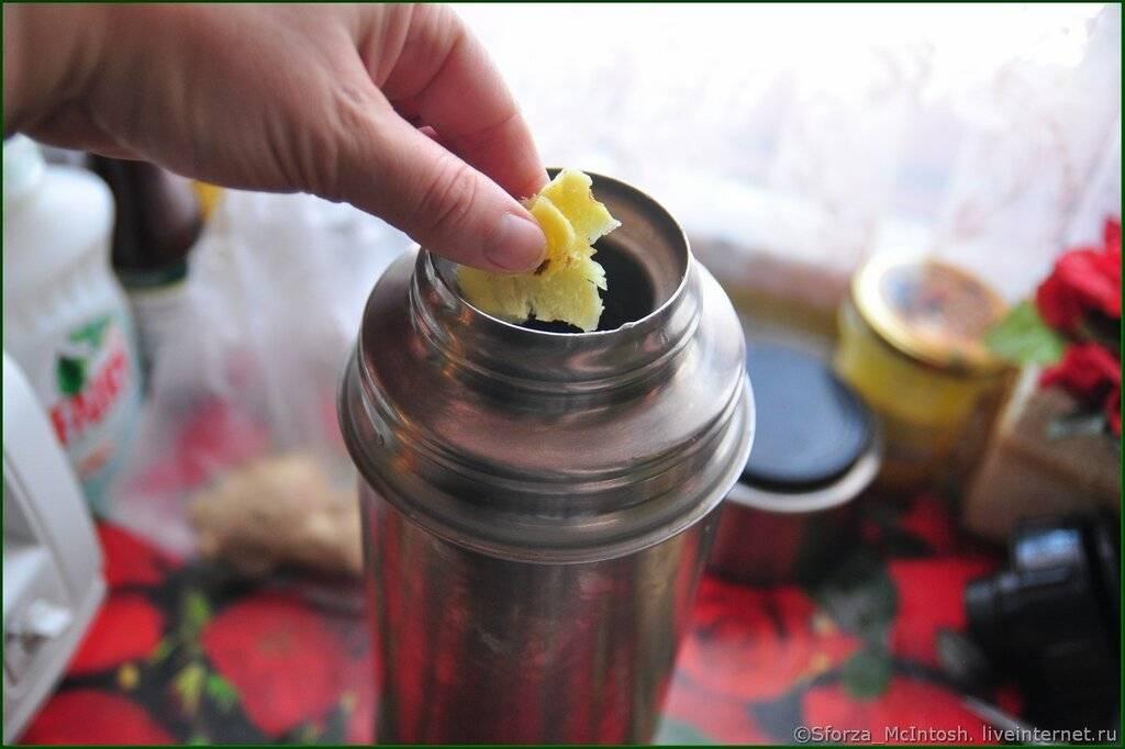 Приготовление чая из шиповника в термосе