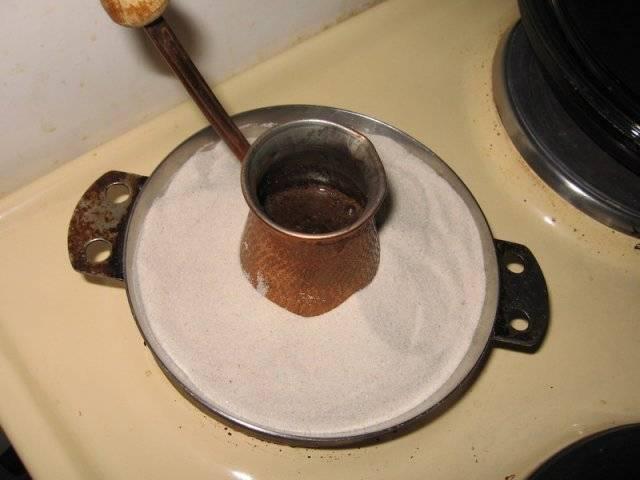 Как варить кофе в электротурке: пошаговый процесс