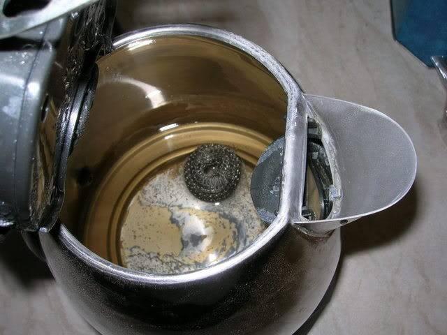 Как отмыть термос из нержавейки внутри от чая: лимонной кислотой, уксусом (видео)