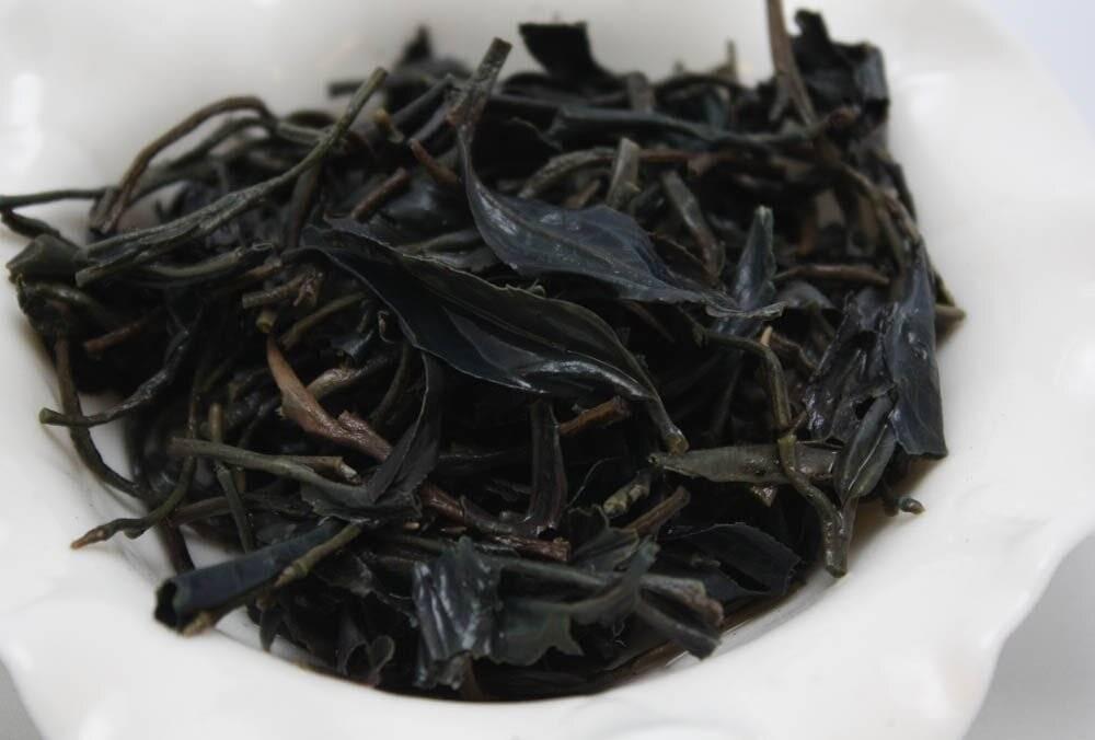 Чайная заварка как удобрение на даче и для комнатных растений