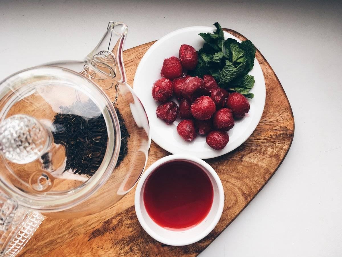 Коктейль из вишни с кофе