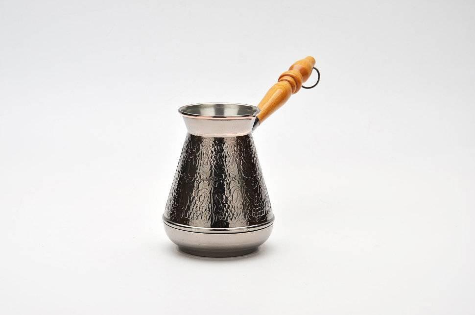 Какая турка для кофе лучше: сравнение материалов и моделей