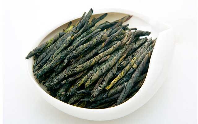 Китайский чай кудин: польза и вред