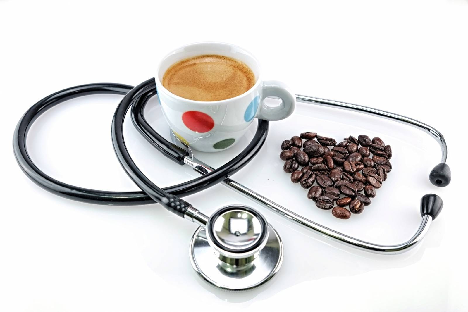 Кофе повышает давление или понижает: при разовом и постоянном употреблении