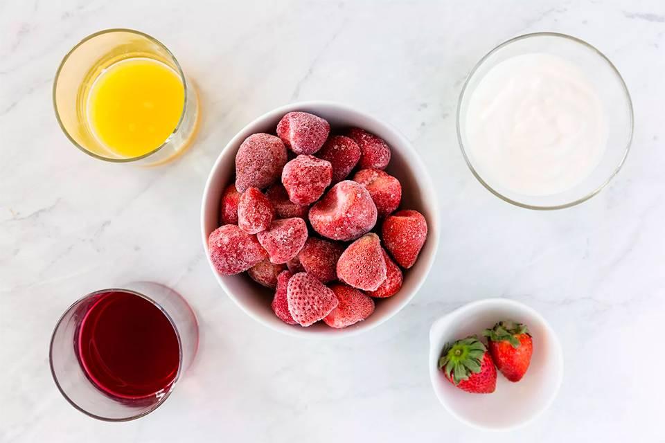 Смузи из клубники: самые вкусные рецепты