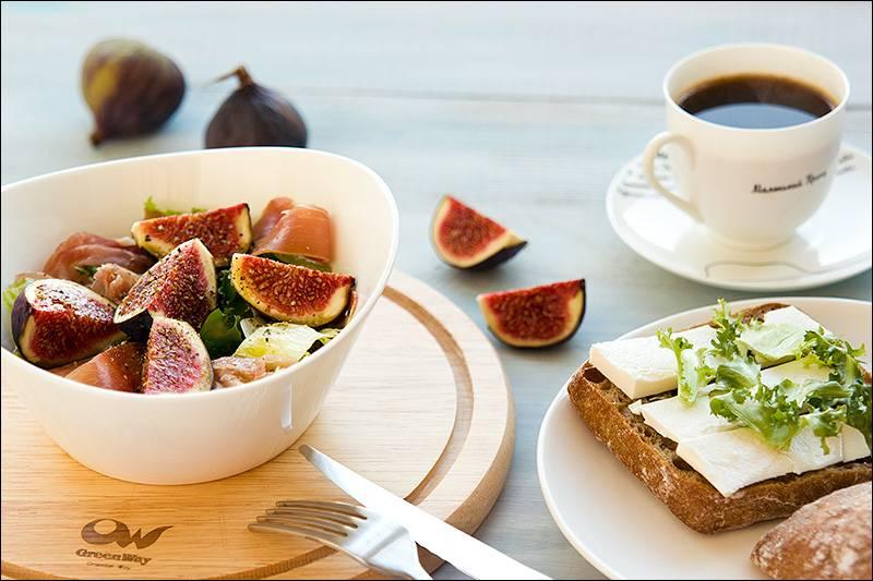 Рецепт кофе с инжиром из сушеных или свежих плодов