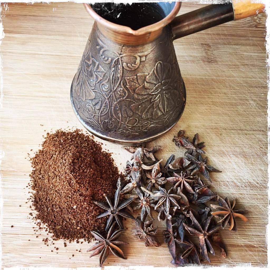 Бадьян: полезные свойства и противопоказания, лечебные и кулинарные рецепты (анис звездчатый)