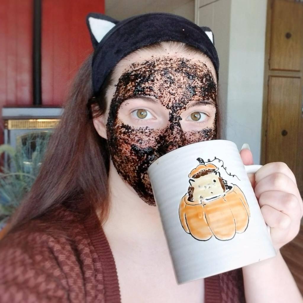 Лучшие рецепты масок для лица с использованием кофейной гущи в домашних условиях
