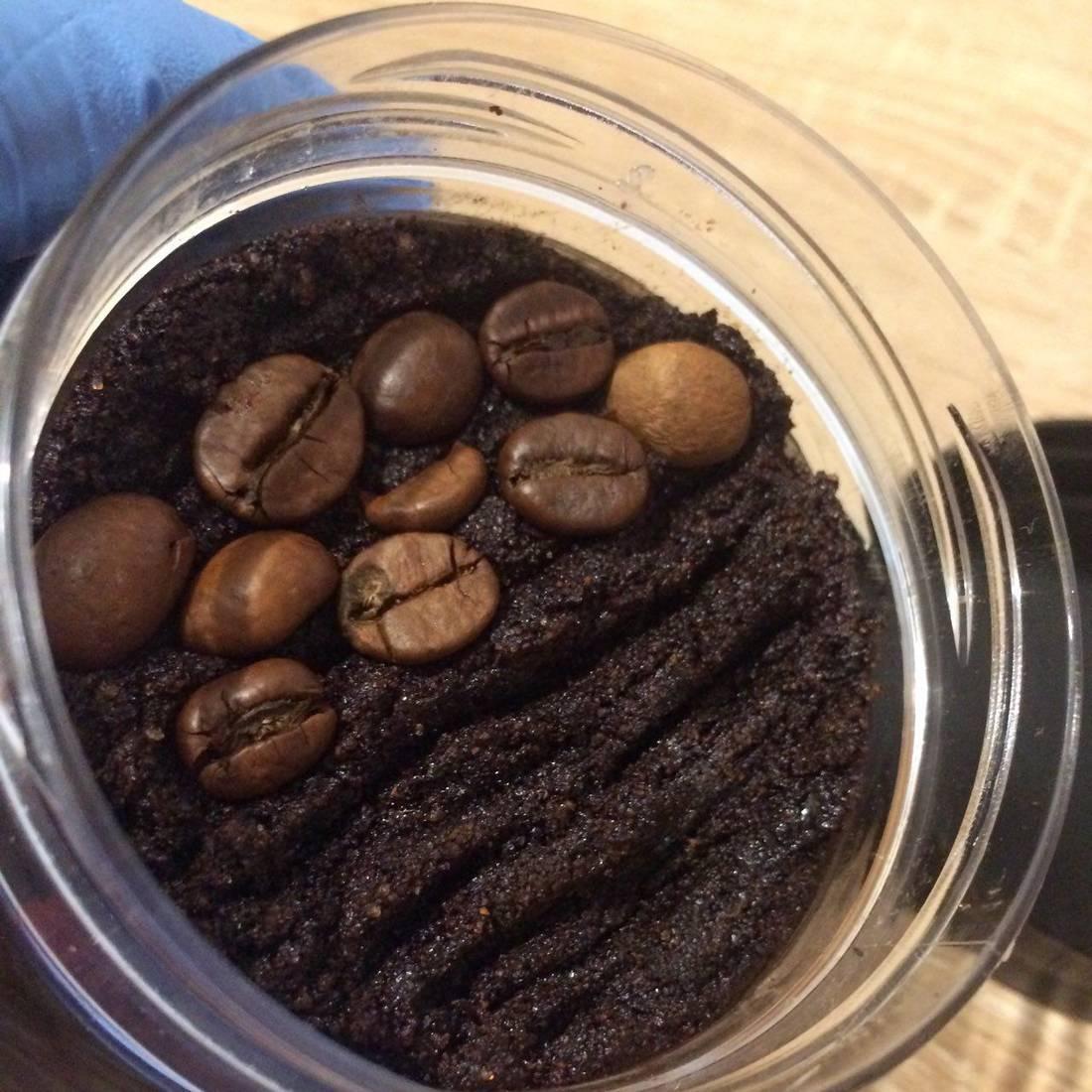 Как приготовить и использовать кофейный скраб в домашних условиях?