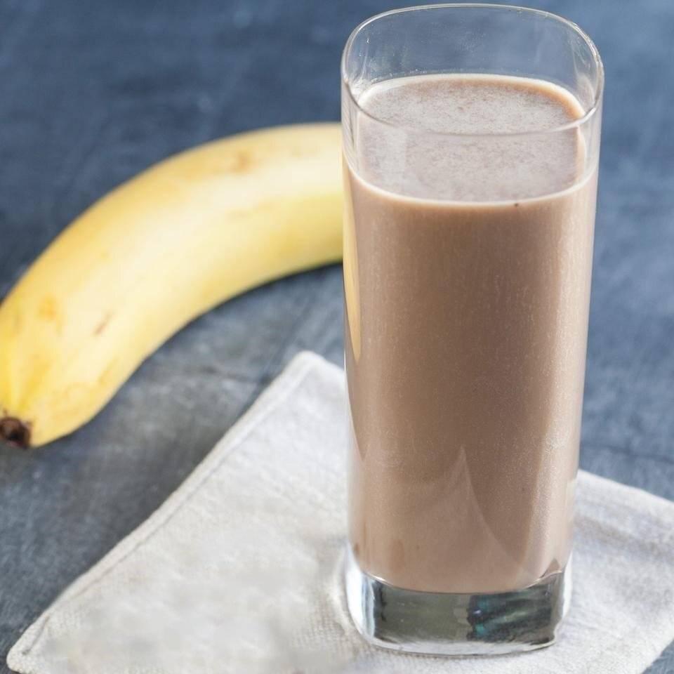 Шоколадно банановый смузи рецепт с фото пошагово - 1000.menu