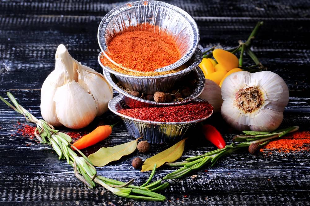 Золотой рецепт из куркумы, имбиря, корицы, перца и молока для похудения и суставов