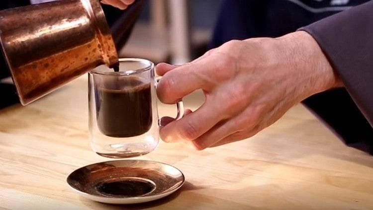 Как сварить кофе без турки в домашних условиях
