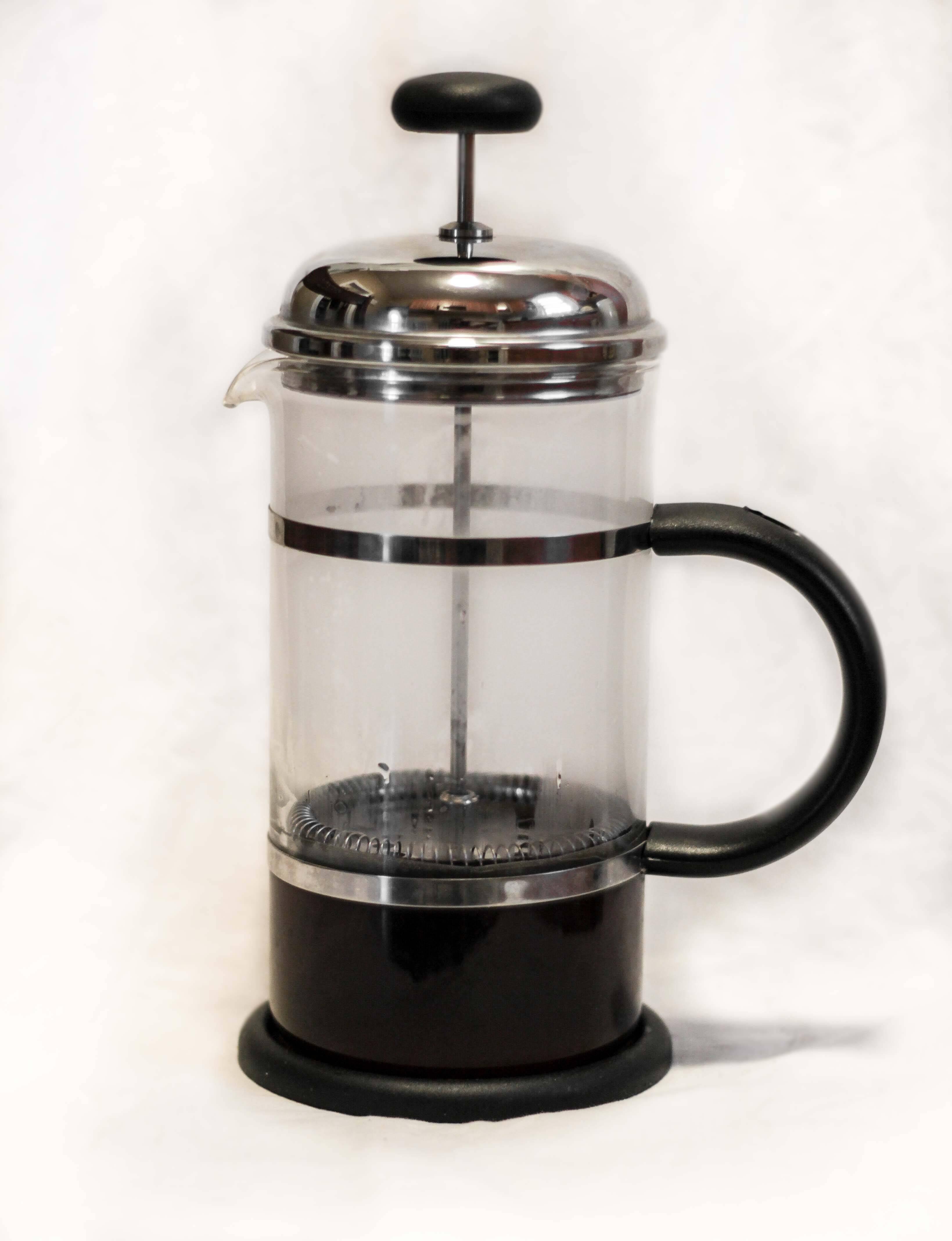 Знакомимся с френч прессом для приготовления кофе и ароматного чая