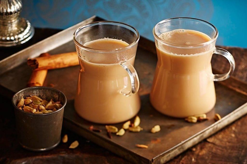 Чай на молоке: индийский напиток долголетия