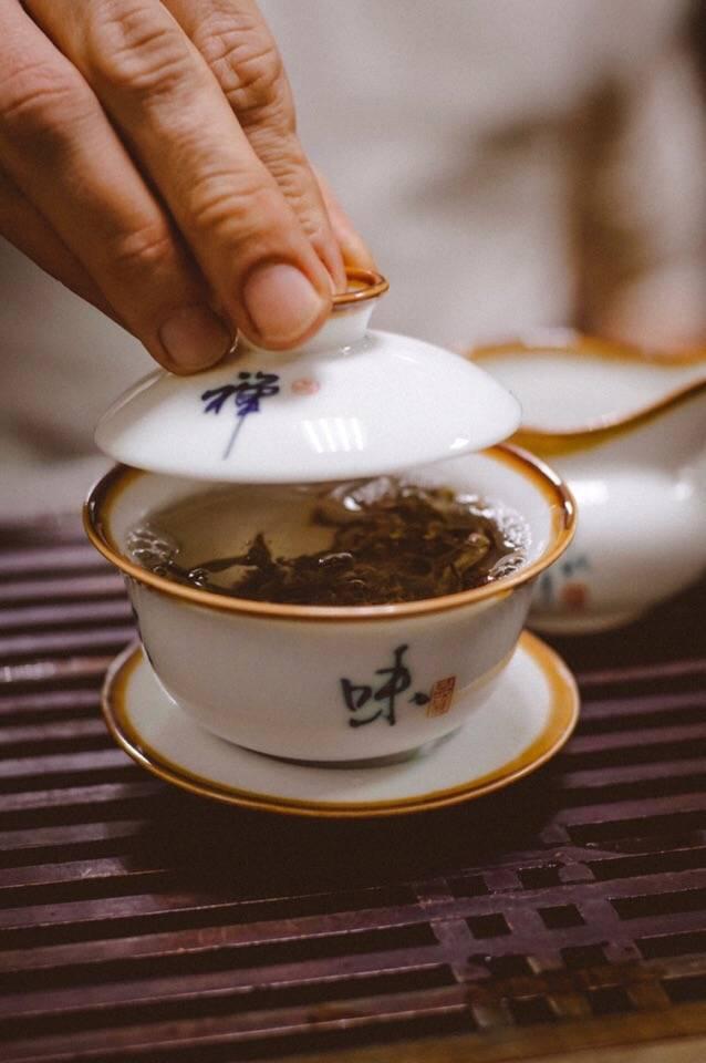 Как заваривать китайский чай в гайвани, чайнике + секретный способ.