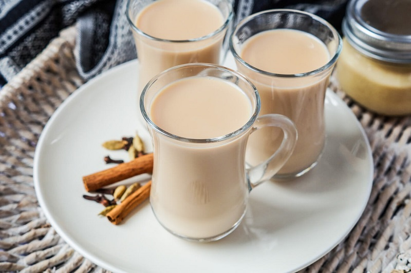 Польза или вред кофе с молоком. кому стоит отказаться от этого сочетания?