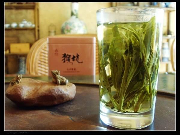 Е шэн люй ча (野生绿茶, дикий зеленый чай) - teaterra | teaterra