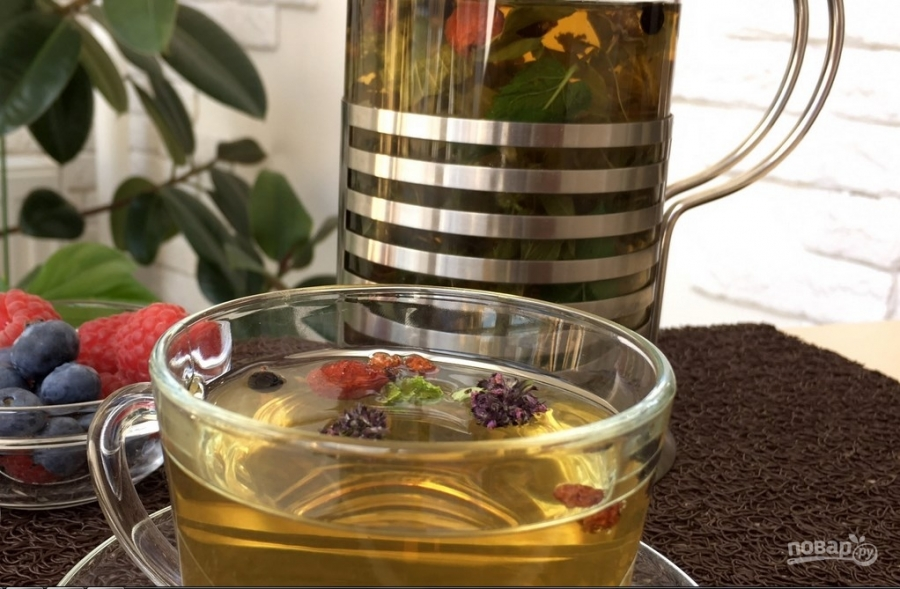 Успокаивающий чай для детей перед сном: выбор и применение