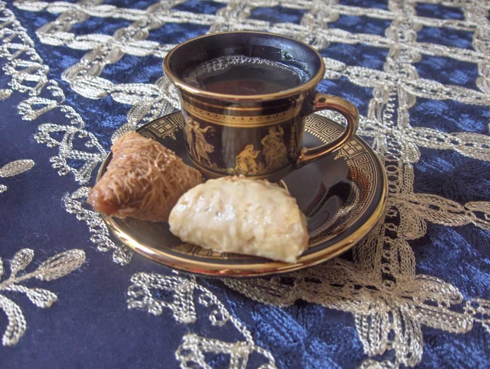 Замороженный, с желтком и маслом. пять рецептов чая из разных стран