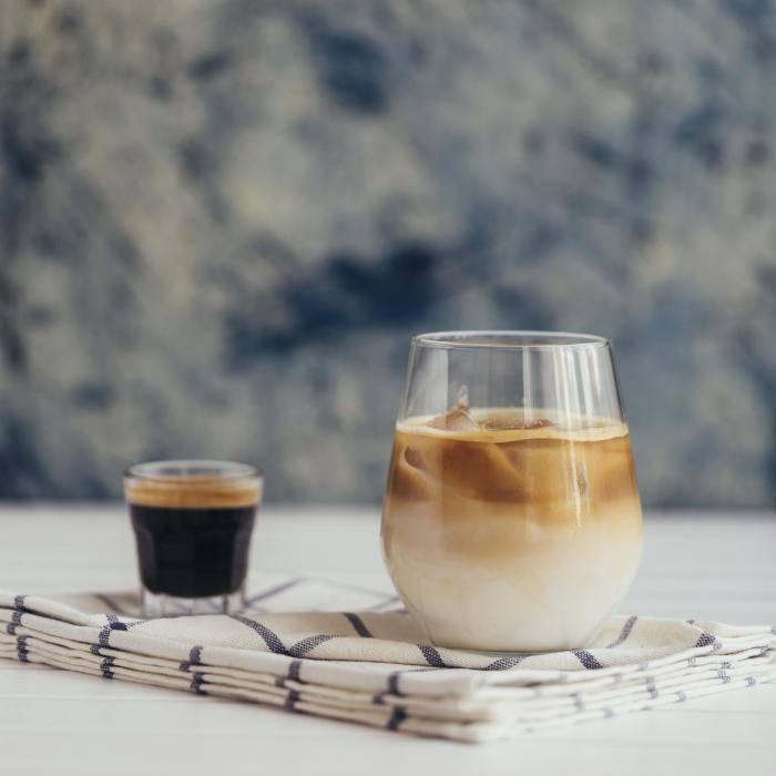 Как приготовить кофе с ликером – 9 быстрых и простых рецептов