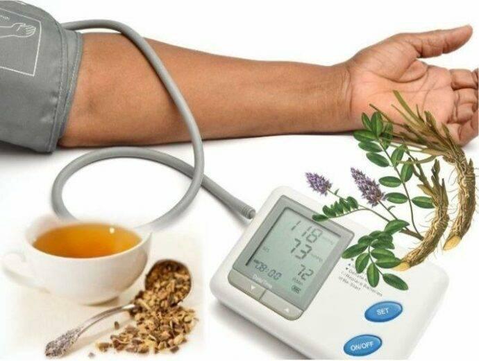 Зеленый чай понижает или повышает давление?