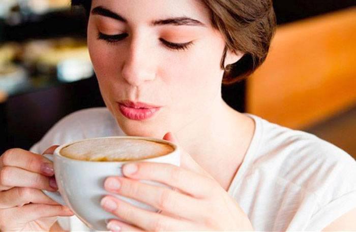Желтеют ли зубы от кофе: от эспрессо, от кофе с молоком, как избавиться от налета