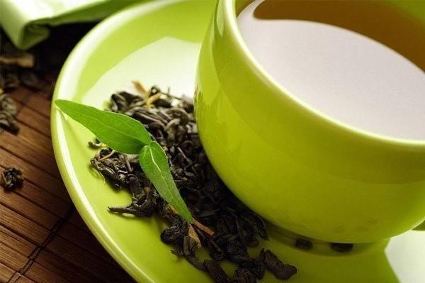 Польза чая для волос и рецепты масок из чая в домашних условиях