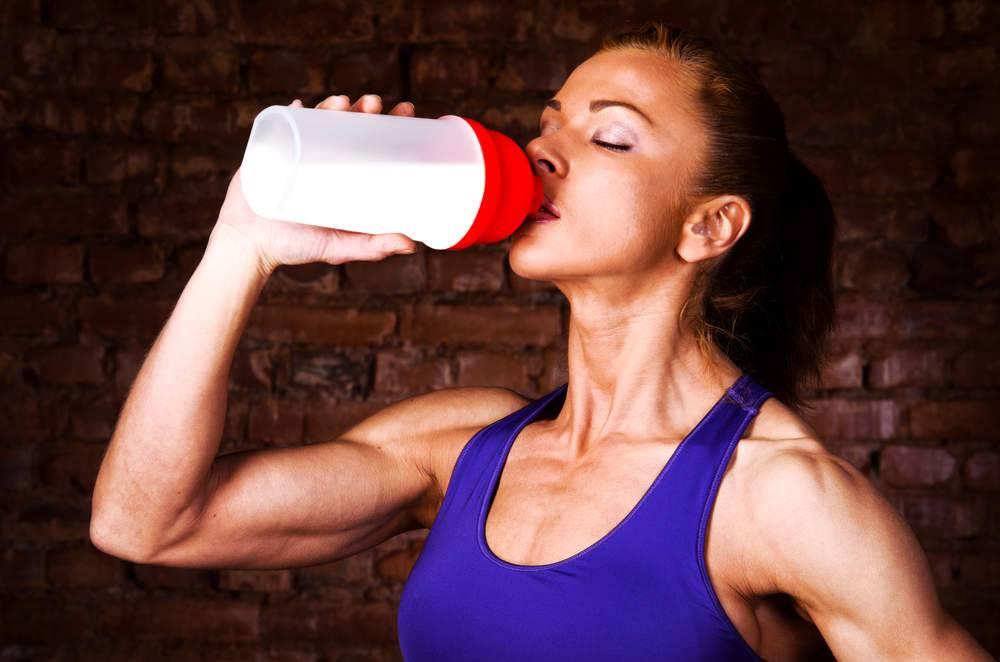 Можно ли пить кофе перед тренировкой в тренажерном зале или бегом