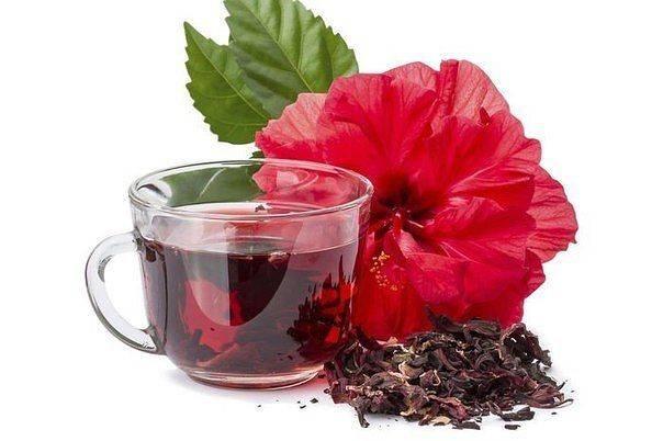 Как чай каркаде влияет на артериальное давление — повышает или понижает его, полезные свойства и как заваривать?