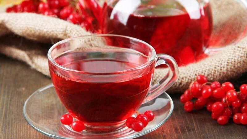 Чай с малиной при температуре: можно ли пить ребенку при температуре 38 и 39, горячий напиток с медом - повышает или понижает